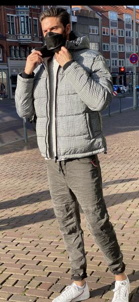 Winterjacke gesteppt Grau kariert